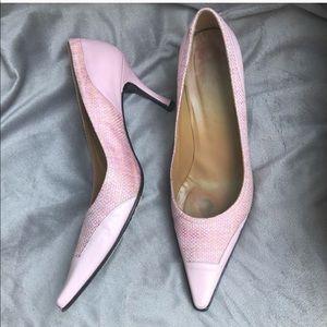 Stuart Weitzman EUC blush kitten heels vintage